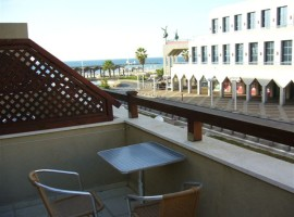 1 Bedroom Seafront