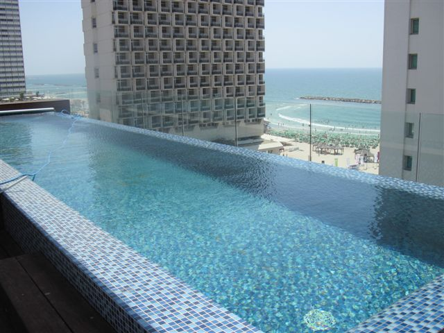 4 bedrooms penthouse with private swimming pool for Private swimming pool