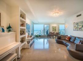 3 Bedroom Pearl Tower