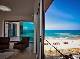 2 Bedroom Royal Beach