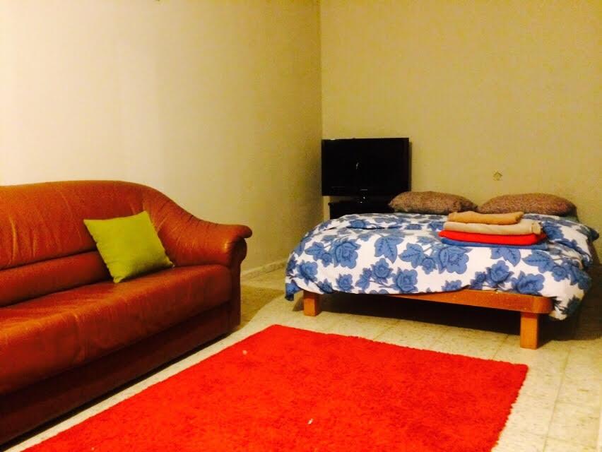 2 Bedroom Half Basement Apartment. Previous Next