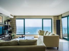 1 Bedroom Large Pearl Tower Tel Aviv