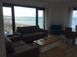 2 Bedrooms Sea Twins New