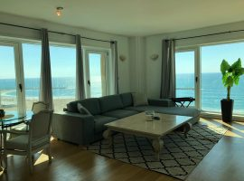 2 Bedrooms Sea Twins Tower Beach House