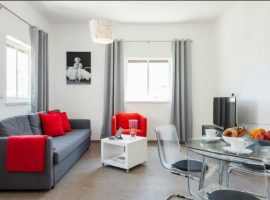 1 Bedroom Allenby shik