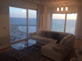 2 Bedrooms Royal Beach 1