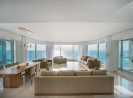 3 Bedroom Royal Beach 5