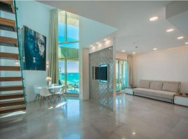 1 Bedroom Loft Royal Beach Long Terms